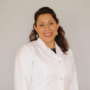 """""""Para mi esta apuesta es un crecimiento personal y profesional incidiendo de forma positiva en los que me rodean, mediante la práctica de los valores sociales y morales aprendidos"""" Onix Cerda Gonzalez"""